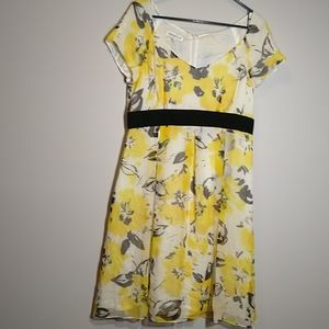 Yellow floral silk lined dress Petite!
